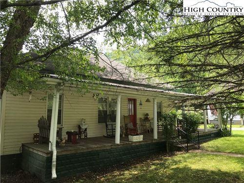 Photo of 205 Warrensville Drive, Warrensville, NC 28693 (MLS # 231337)