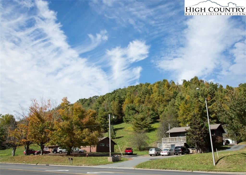 Photo for 2490 S Highway 105 Highway, Boone, NC 28607 (MLS # 221345)