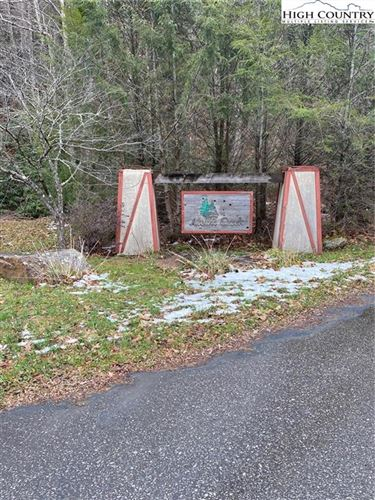 Photo of TBD Valley View Court, Newland, NC 28657 (MLS # 227353)