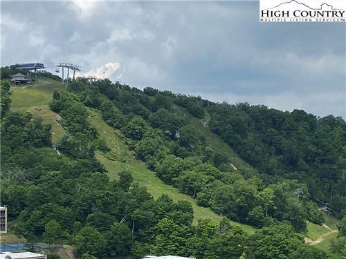 Photo of 303 Sugar Top Drive #3325, Sugar Mountain, NC 28604 (MLS # 231358)