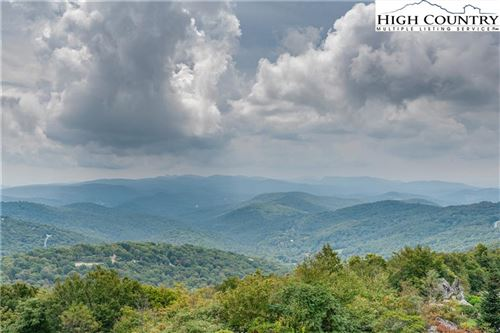 Photo of 299 Trails End Extension #37C, Sugar Mountain, NC 28604 (MLS # 233364)
