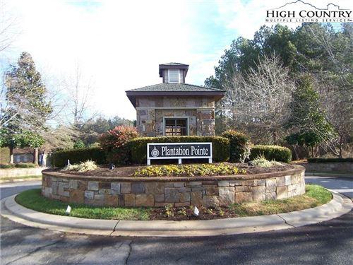 Photo of 5211 Peninsula Drive, Granite Falls, NC 28630 (MLS # 224373)