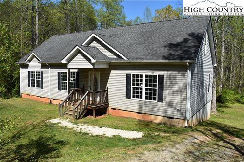 Photo of 4034 Doe Ridge, Lenoir, NC 28645 (MLS # 221382)