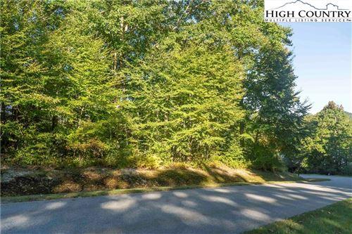Photo of Lot 81 SweetGrass Drive, Blowing Rock, NC 28605 (MLS # 233394)