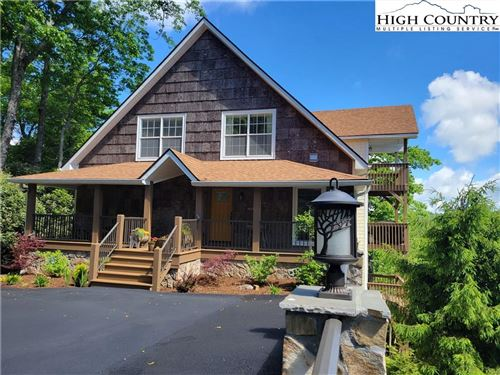 Photo of 371 Green Hill Woods, Blowing Rock, NC 28605 (MLS # 230400)