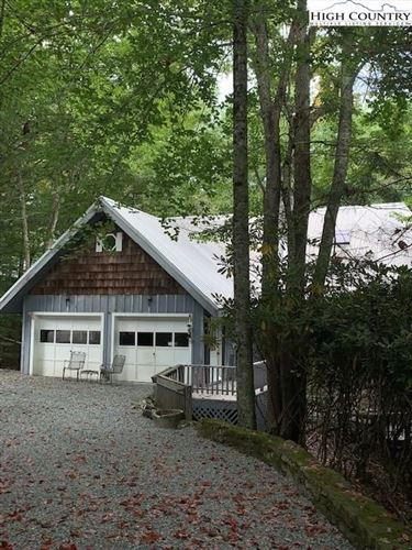 Photo of 105 Pond Creek Road, Beech Mountain, NC 28604 (MLS # 233401)