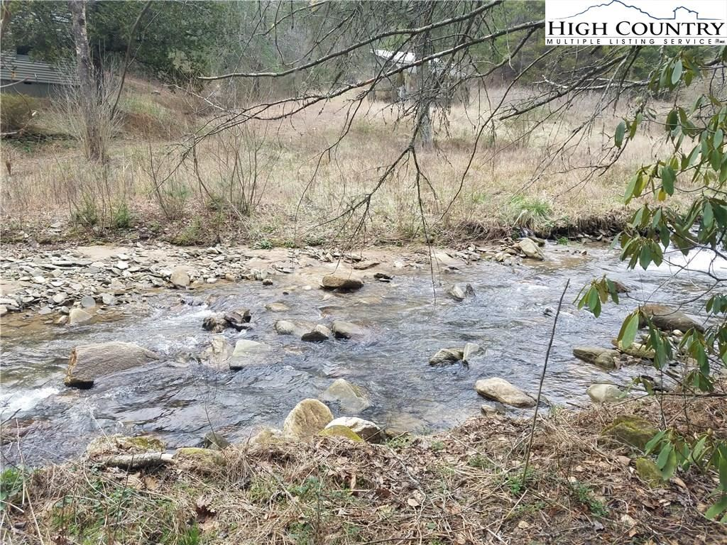 Photo of 231 Fletcher Creek Road, Purlear, NC 28665 (MLS # 220410)