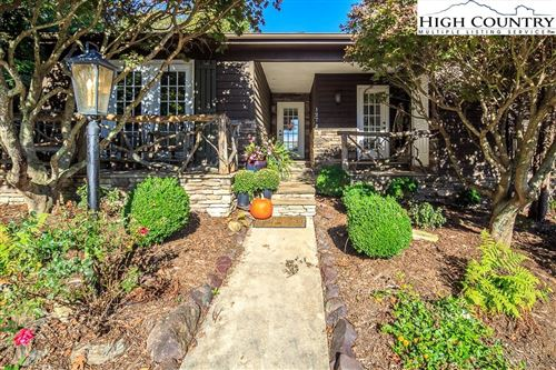 Photo of 127 Chestnut Hill Drive, Blowing Rock, NC 28605 (MLS # 218441)
