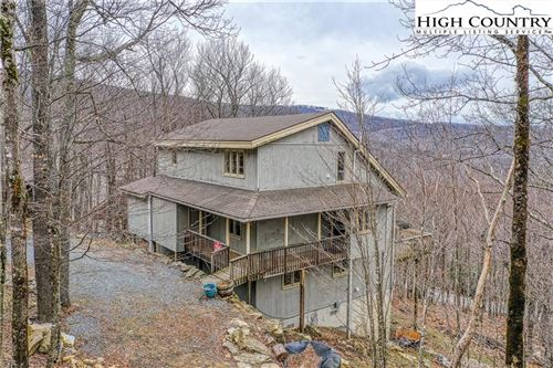 Photo of 102-104 Whipporwill Way Road, Beech Mountain, NC 28604 (MLS # 228449)