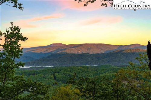 Photo of 1723 Forest Ridge Drive, Linville, NC 28646 (MLS # 229471)