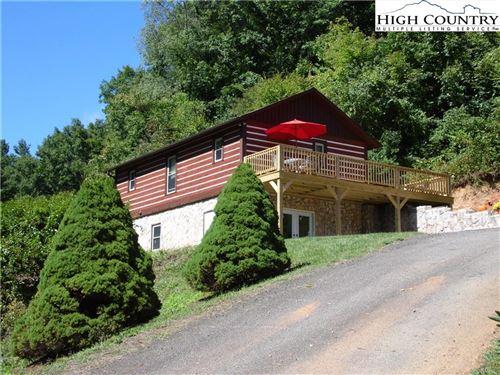 Photo of 364 Deer Ridge Lane, Sparta, NC 28675 (MLS # 233496)