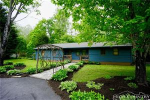 Photo of 304 Covered Bridge Lane, Banner Elk, NC 28604 (MLS # 205505)