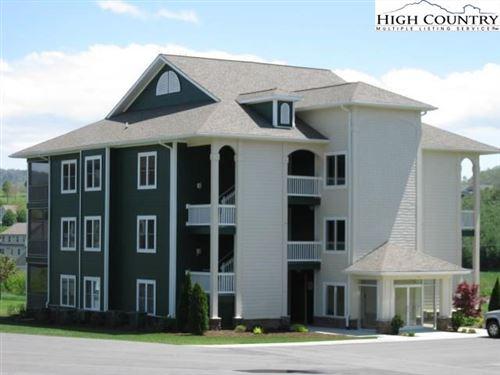 Photo of 181 Birkdale Court #D5, Jefferson, NC 28640 (MLS # 212518)