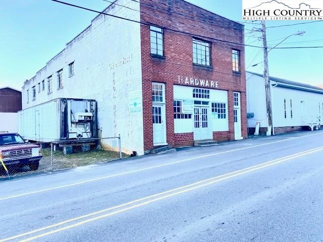 Photo for 4 E Second Street, West Jefferson, NC 28694 (MLS # 228519)