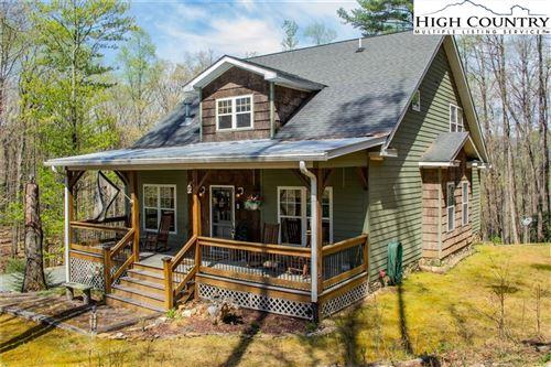 Photo of 703 Powder Horn Mountain Estates Drive, Deep Gap, NC 28618 (MLS # 229533)