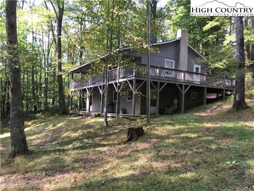 Photo of 361 Chestnut Knob Trail, Blowing Rock, NC 28605 (MLS # 219539)