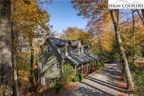 Photo of 1618 Grouse Moor Drive, Sugar Mountain, NC 28604 (MLS # 220546)