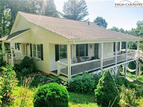 Photo of 287 Maple Ridge Estates Drive, West Jefferson, NC 28694 (MLS # 220547)