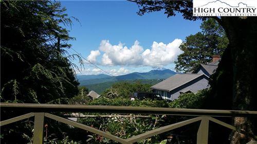Photo of 136 Chestnut Hill Village #J, Blowing Rock, NC 28605 (MLS # 223550)