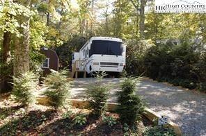 Photo of 264 Trillium Road, Linville, NC 28646 (MLS # 221554)