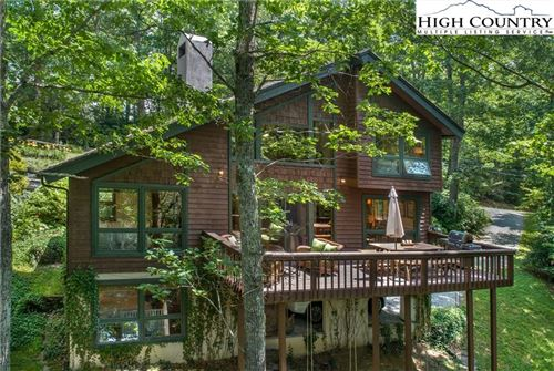 Photo of 35 Beagle Road, Linville, NC 28646 (MLS # 223564)