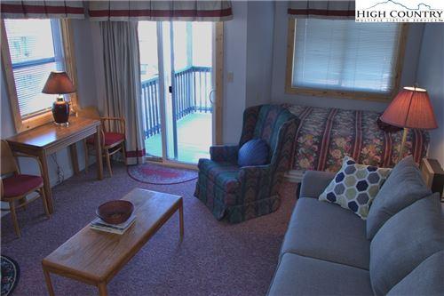 Photo of 301 Pinnacle Inn Road #1202, Beech Mountain, NC 28604 (MLS # 229565)