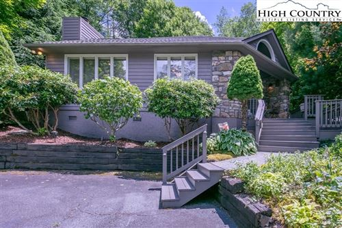 Photo of 215 Dugger Drive, Banner Elk, NC 28604 (MLS # 222573)