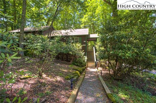 Photo of 209 Oakley Green #505, Boone, NC 28607 (MLS # 222588)