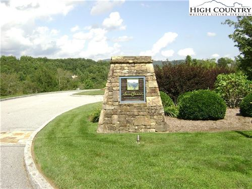Photo of Lot 64 Mountain Breeze Knoll, Blowing Rock, NC 28605 (MLS # 219630)