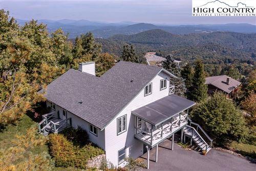 Photo of 1142 Alpine Drive, Blowing Rock, NC 28605 (MLS # 233646)