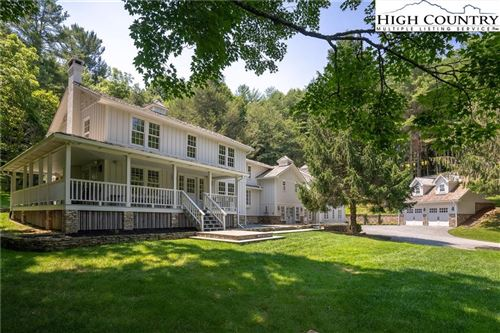 Photo of 208 Valle Cay Drive, Vilas, NC 28692 (MLS # 231664)
