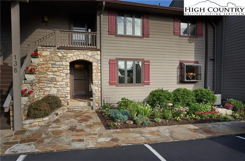 Photo of 136-H Mayview Manor Court #H, Blowing Rock, NC 28605 (MLS # 231672)