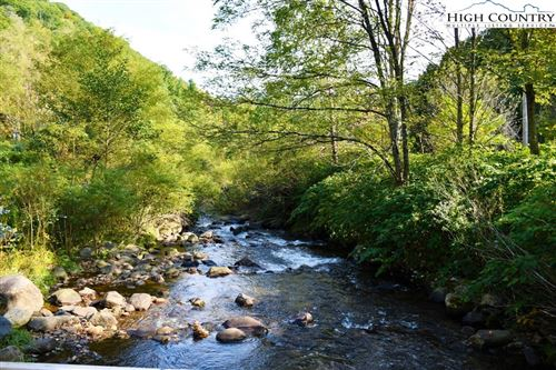 Photo of TBD Kings Lane, Roaring Creek Road, Newland, NC 28657 (MLS # 224676)