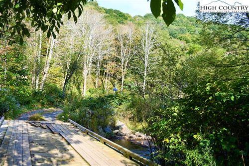 Tiny photo for TBD Kings Lane, Roaring Creek Road, Newland, NC 28657 (MLS # 224676)