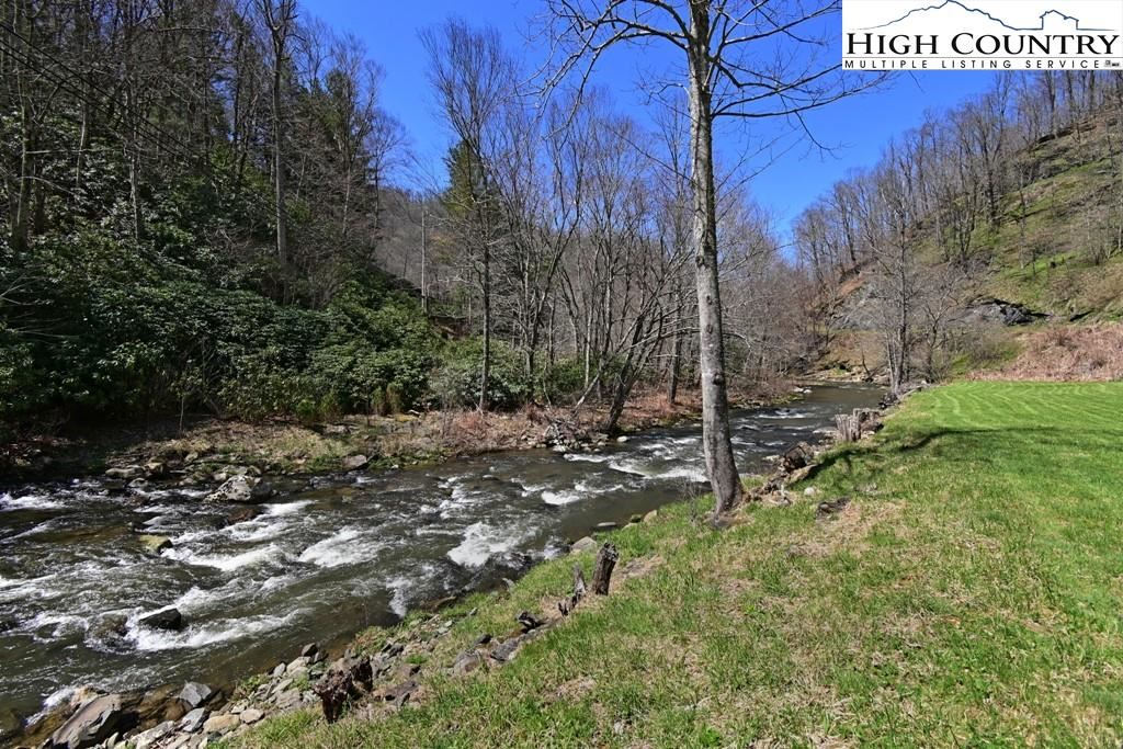 Photo for 3700 Old Toe River Road, Newland, NC 28657 (MLS # 229692)
