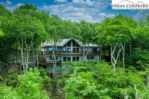 Photo of 106 Whipporwill Way, Beech Mountain, NC 28604 (MLS # 222696)