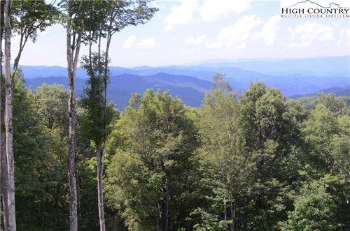 Photo of Lot 117 Heritage Ridge Road, Elk Park, NC 28622 (MLS # 232699)
