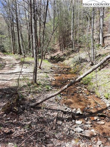 Photo of Lot 25 Lost Ridge Road, Lenoir, NC 28645 (MLS # 229700)
