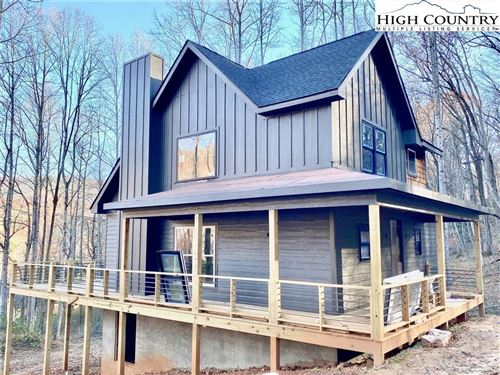 Photo of 987 N Blue Ridge Drive, Marion, NC 28752 (MLS # 230702)