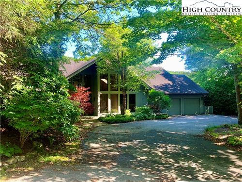 Photo of 795 Golf Course Road, Linville, NC 28646 (MLS # 222705)