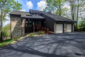 Photo of 218 Grassy Gap Loop Road, Beech Mountain, NC 28604 (MLS # 214720)