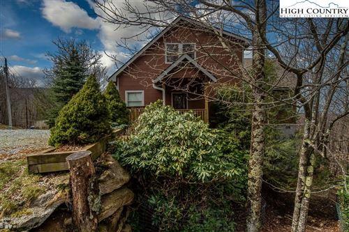 Photo of 201 Pinnacle Ridge Road, Beech Mountain, NC 28604 (MLS # 229721)
