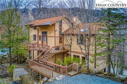 Photo of 113 Charter Hills Road, Beech Mountain, NC 28604 (MLS # 229729)