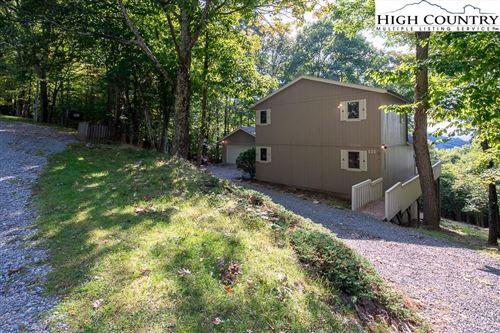Photo of 501 Pine Ridge Road, Beech Mountain, NC 28604 (MLS # 233732)