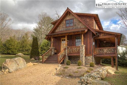 Photo of 60 Eagle Cottage Lane, Banner Elk, NC 28604 (MLS # 220736)