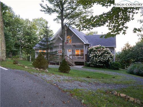 Photo of 319 Sugar Tree Lane, Sugar Mountain, NC 28604 (MLS # 229743)