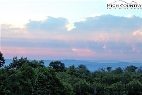Photo of 301 Pinnacle Inn Road #2112, Beech Mountain, NC 28604 (MLS # 222802)