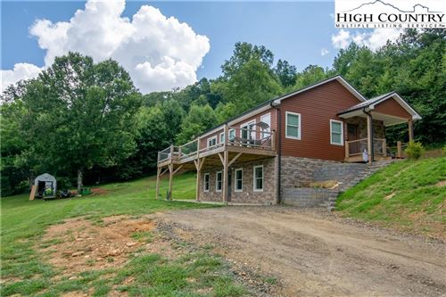 Photo of 589 Autumn Valley Drive, West Jefferson, NC 28694 (MLS # 232806)