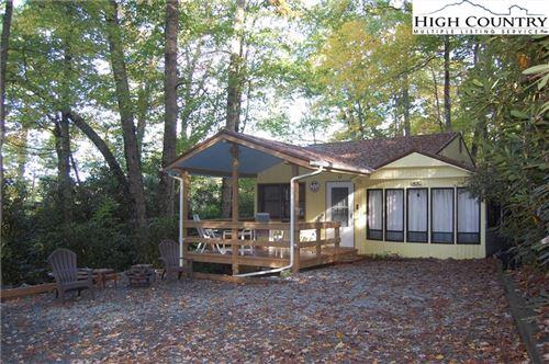 Photo of 373 Oak Hills Road Road, Linville, NC 28646 (MLS # 233812)