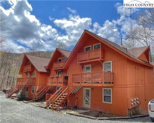 Photo of 102 Skiview Lane #A-3, Beech Mountain, NC 28604 (MLS # 229817)